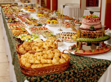Švédske stoly pre oslavu v Skalici a okolí s dopravou zadarmo