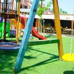 Zakrytú letnú terasu so záhradkou a detským kútikom v Skalici nájdete v reštaurácii Srdiečko.
